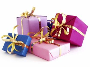 ChristmasGifts_Colorful
