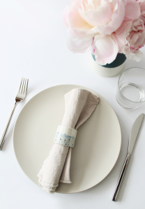 DIY Faux Napkin Rings from Almost Makes Perfect